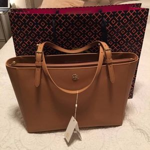 Tory Burch Emerson Large Buckle Tote